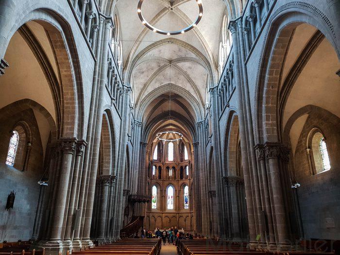Visiter Genève en une journée Cathédrale Saint-Pierre de Genève 3