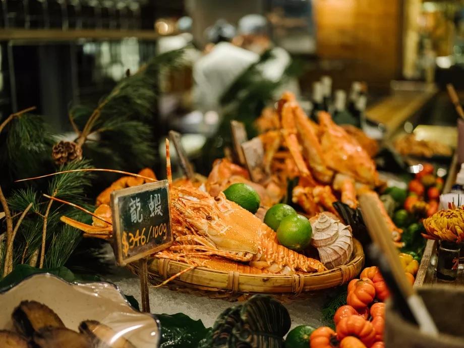 Marché gastronomique de Zhongshan -Le bar à fruits de mer