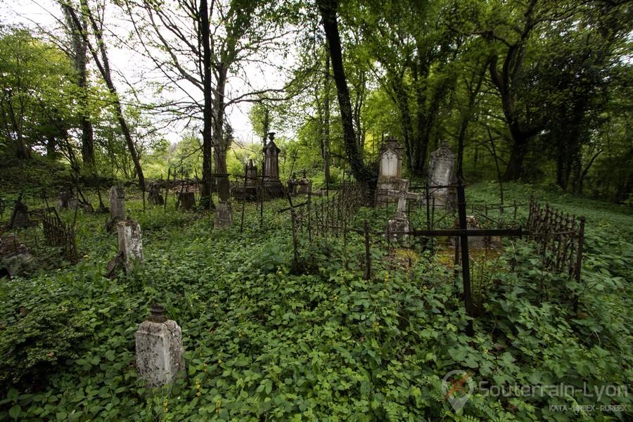 Exemples de destinations pour le tourisme macabre