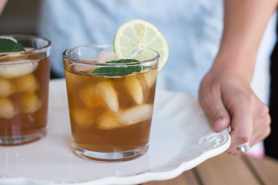 Le thé glacé vous aide à vous détendre