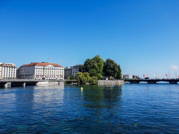Visiter Genève en une journée Île Rousseau 1