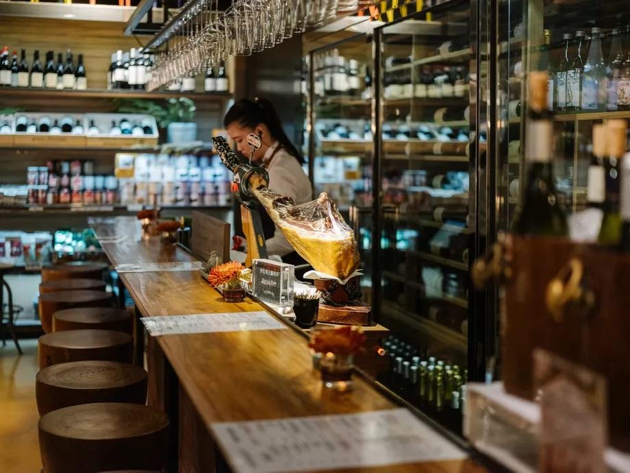 Addiction Aquatic Development - Le bar à vin