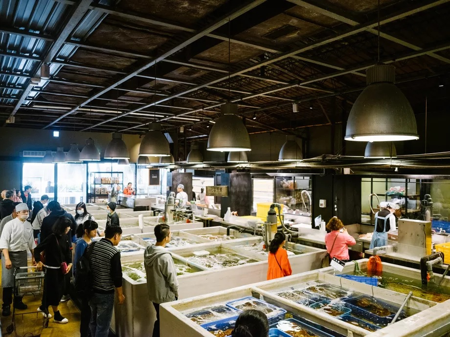 Visite d'Addiction Aquatic Development, le marché gastronomique de Zhongshan