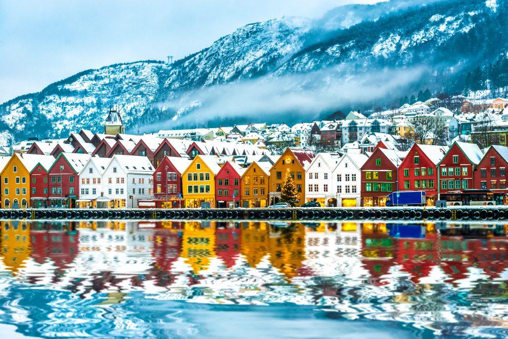 Il existe deux formes de la langue norvégienne