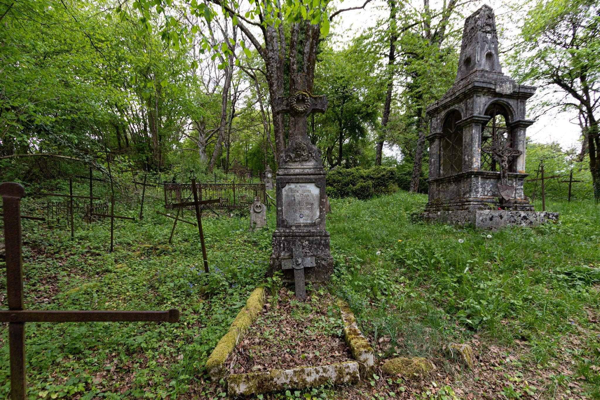 urbex cimetière avandonné